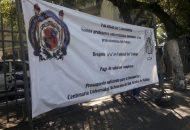 Unos 15 manifestantes no afectaron la vialidad sobre la Calzada Ventura Puente, sin embargo exigieron respeto a la Ley Federal del Trabajo y el pago de sus quincenas completas
