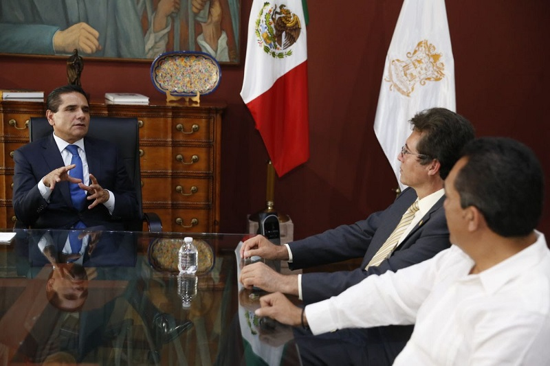 Aureoles Conejo señaló que es su decisión y convicción fortalecer la gestión de recursos económicos extraordinarios para solventar los compromisos de la UMSNH con sus docentes, trabajadoras y trabajadores