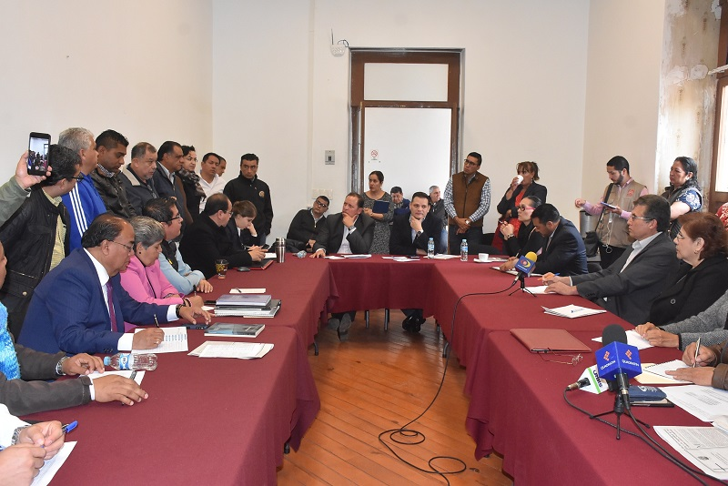 El diputado Héctor Gómez dijo que es necesario mejorar la planeación presupuestal garantizado en primer lugar el pago de salarios
