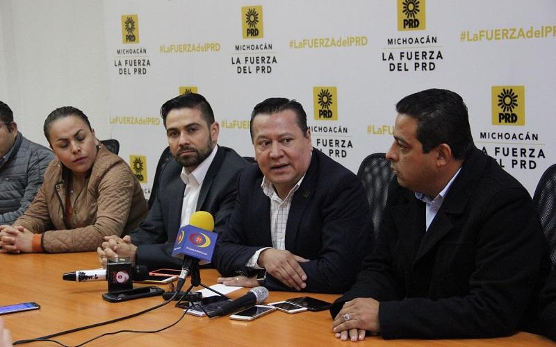 """Por su parte, López Meléndez argumentó que se buscó """"priorizar al partido más allá de las corrientes y expresiones, dejamos de lado las diferencias. Vamos por algo en común que es fortalecer al PRD""""."""