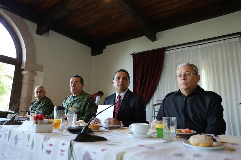 No se bajará la guardia para cerrar el paso a la delincuencia, sostiene el gobernador Silvano Aureoles