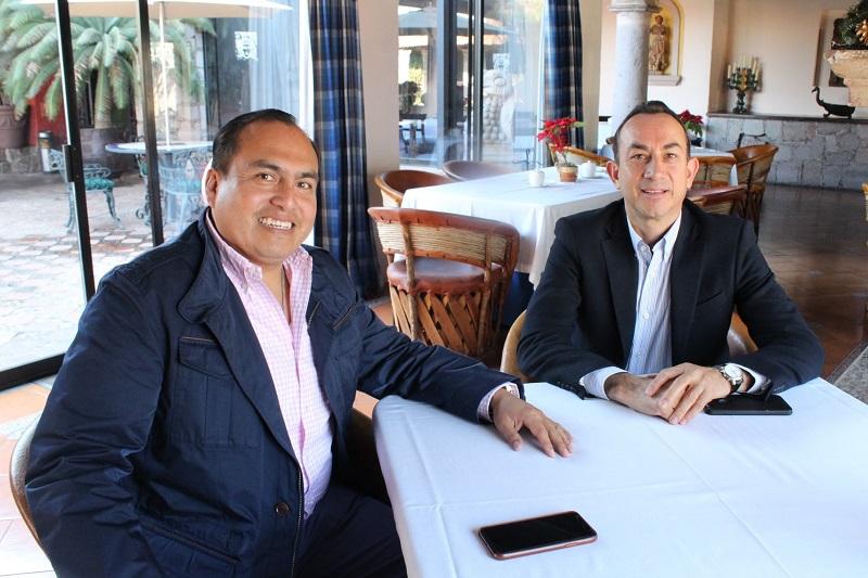 Por su parte, el delegado de la Sedesol en el estado, Gerónimo Color, manifestó la disposición de establecer una buena relación con la Secretaría de Desarrollo Social y Humano del Gobierno de Michoacán