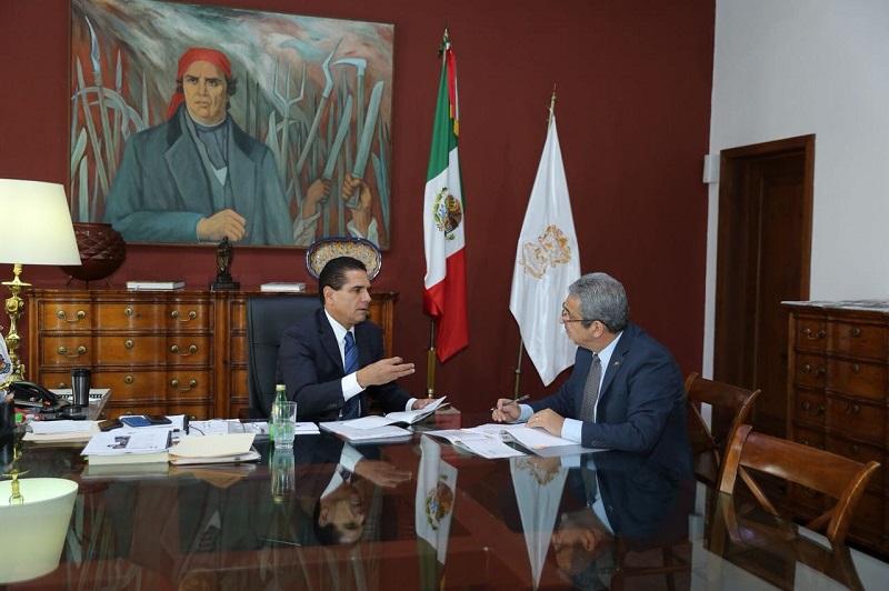 El mandatario estatal recalcó que es fundamental la participación de todos los sectores que integran la sociedad michoacana para consolidar los planes y programas planteados por su administración