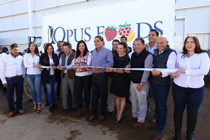 Inaugura instalaciones de Opus Foods y Opus Farms, ambas dedicadas al cultivo de berries y tomates