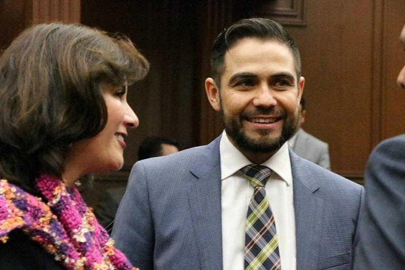 Manuel López coincidió en que lo vital en estos momentos es cerrar filas en favor de la democracia, la paz y la tranquilidad que Michoacán, en donde la población se sienta segura y libre de participar en la contienda
