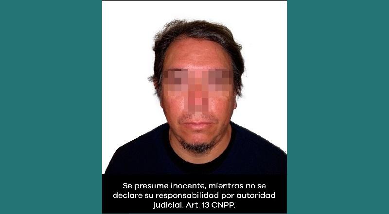 La detención se realizó ayer durante un operativo para liberar las oficinas centrales de la SEE, que integrantes de la CNTE mantenían tomadas desde el pasado 8 de enero