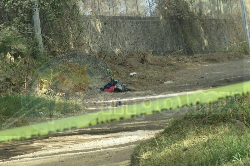 Al lugar acudieron elementos de la Policía Michoacán, quienes verificaron el hallazgo