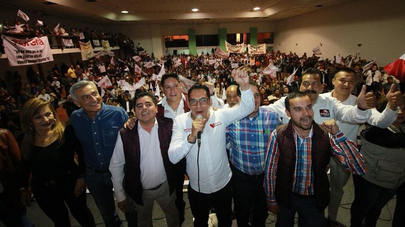 Osvaldo Ruiz pidió a los morenistas asistentes, continuar fortaleciendo la estructura de Morena en la capital, que será responsable de alentar el voto y cuidar la elección del próximo primero de julio