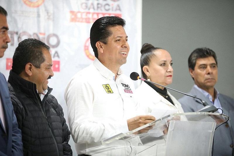 Como parte de las acciones previstas para el cierre de su precampaña, Antonio García adelantó que, del 2 al 4 de febrero, realizará cierres regionales con una gira por los municipios de Lázaro Cárdenas, Uruapan, Pátzcuaro y Morelia