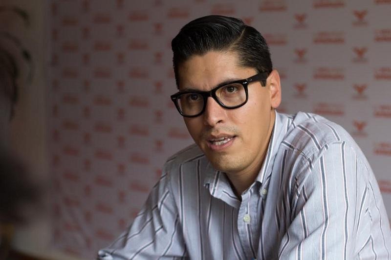 Paredes Andrade hizo un reconocimiento al Consejo General del Instituto Electoral de Michoacán (IEM) por ratificar que Martínez Alcázar tiene que separarse del cargo 90 días antes de la jornada electoral
