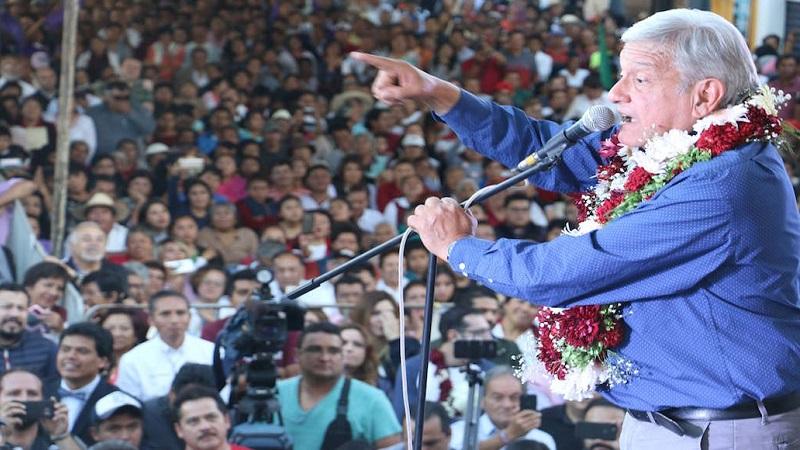 El ex jefe de Gobierno de la Ciudad de México pidió que se les cuestione a los líderes nacionales del Partido del Trabajo (PT) y del PES la decisión (FOTO: SAÚL LÓPEZ / CUARTOSCURO)