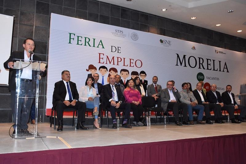 Realiza SNE la Feria de Empleo ofertando mil 500 vacantes de 41 empresas
