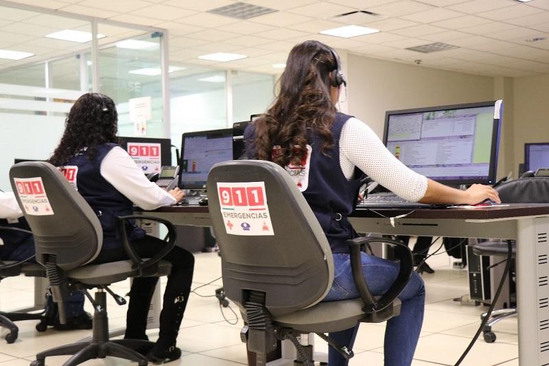 De manera personal el titular de la SSP, Juan Bernardo Corona, supervisa con personal del C5i escuelas, hospitales, comercios y edificios para evitar afectaciones a terceros tras el movimiento telúrico