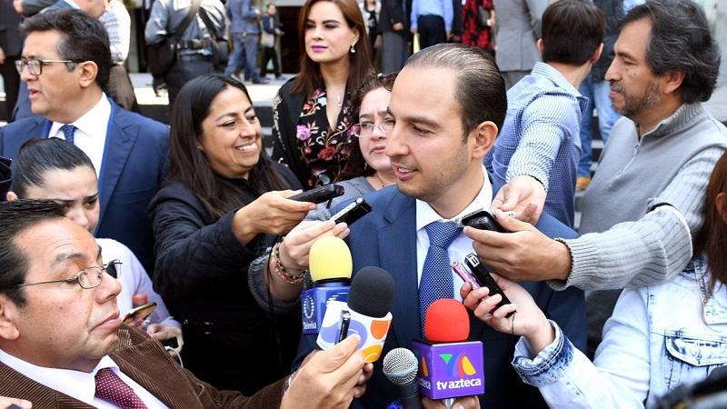 Andrés Manuel es el que dice que combatirá la corrupción, pero titubea cuando le preguntan sobre Bejarano y Napoleón Gómez Urrutia: Cortés Mendoza