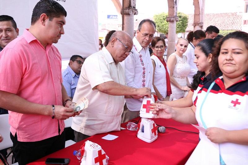 Gilberto Zarco manifestó todo el apoyo del Ayuntamiento de Huetamo para esta colecta, a fin de cumplir con la meta que se ha establecido