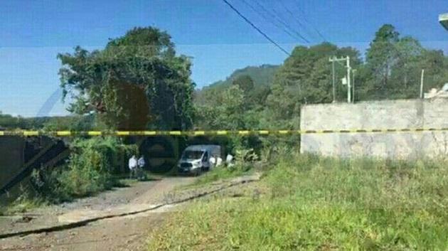 Durante la madrugada fue localizado parte del cuerpo y aproximadamente a las 07:00 horas vecinos de la mencionada colonia alertaron a las autoridades sobre el hallazgo de una cabeza y algunas extremidades humanas