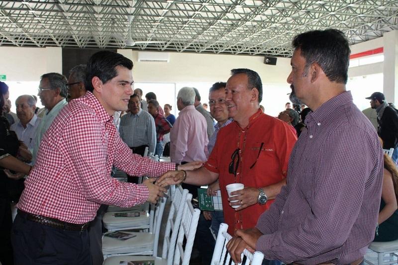 """Toño Ixtláhuac atendió el llamado a participar en el Foro de Candidatos """"Votando Construimos Más"""", organizado por la Cámara Nacional de la Industria de la Construcción"""