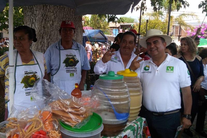 Soy el único candidato que es empresario y que por eso propone a los productores del campo darle valor agregado a lo que se produce, fomentaremos los agronegocios, y la tecnificación, los apoyaremos en el cultivo de otro tipo de productos que pueden funcionar con túneles e invernaderos: Constantino Ortiz