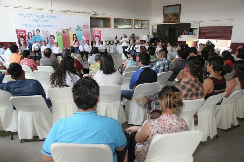 Los trabajadores del sector salud se dijeron, con la capacidad para reactivar las 38 clínicas municipales de Morelia