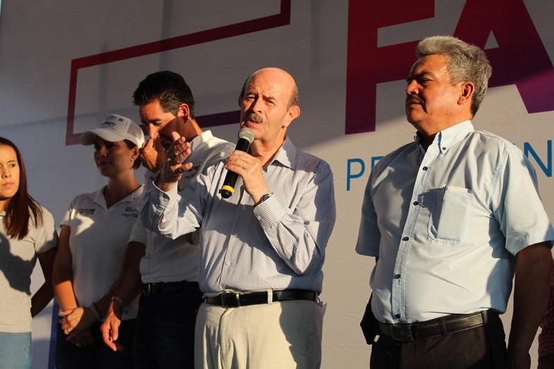 Vallejo Figueroa refirió que su regreso a la contienda electoral se debe a que el trabajo de los alcaldes que lo sucedieron lo decepcionaron, porque abandonaron al medio rural y las colonias populares no avanzaron