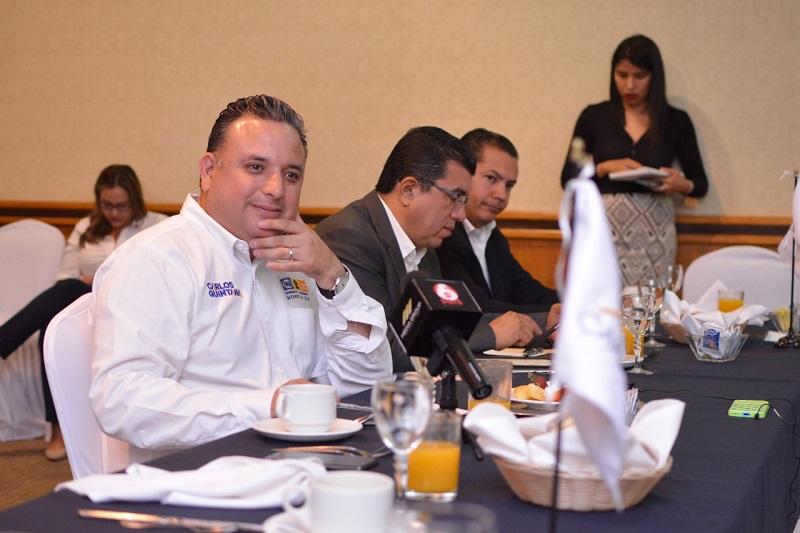 Carlos Quintana comprometió regresar la voz y el voto a las cámaras, mismos que les fueron retirados durante la administración independiente