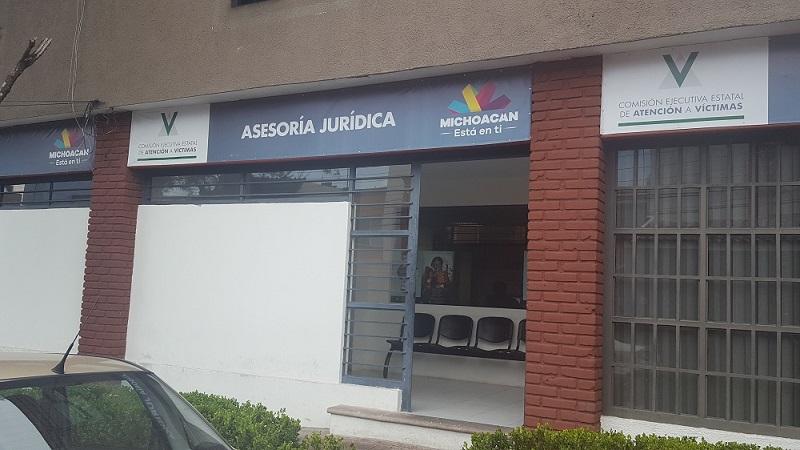 En Morelia, la CEEAV brinda atención en Mariano Arista número 300 colonia Chapultepec Oriente, con teléfono (443) 3 14 15 74 y 3 14 19 57