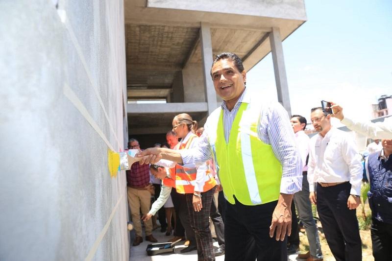 Los 13 Centros de Salud con los que cuenta Puruándiro ya están dignificados en su totalidad: Aureoles Conejo