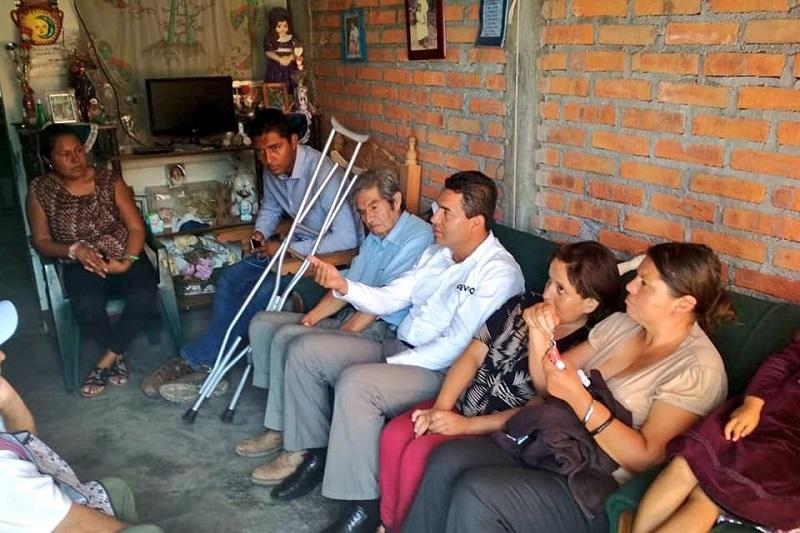 Olivio López considera que hace falta impulsar leyes que los favorezcan en todos los sectores, que van desde el uso del transporte público, el libre tránsito por las vialidades de la ciudad hasta el acceso de empleos y educación