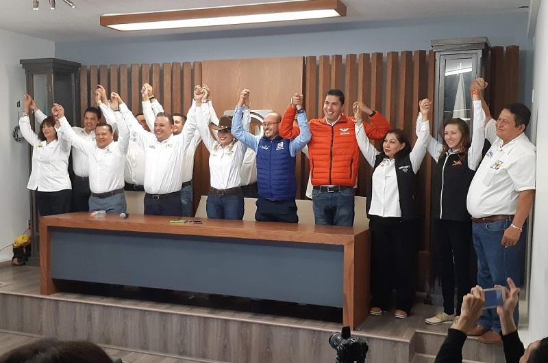 """Ya nadie detiene a """"Por Morelia al Frente"""" y Carlos Quintana conquistará la mayoría en las urnas, señalaron los liderazgos de las distintas fuerzas políticas (FOTO: SEBASTIÁN CASIMIRO)"""