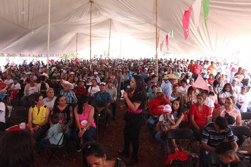 Estamos a unos días de acudir con nuestras familias a las casillas, y por fin tomar la decisión que permitirá transformar a México, con una visión fuerte y con futuro: Xóchitl Ruiz