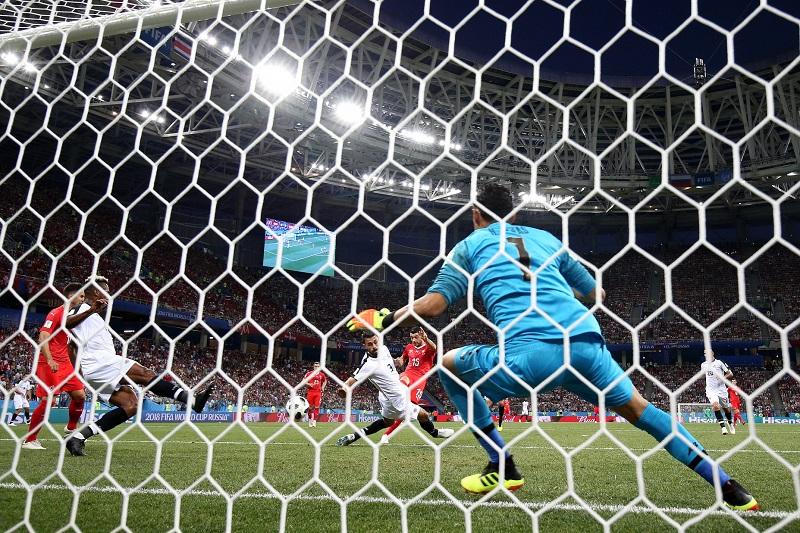 Costa Rica se estrelló con el meta Sommer, espléndido en varias intervenciones con las que permitió que Suiza saliese indemne del arreón costarricense
