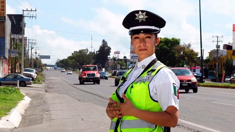La SSP exhorta a la ciudadanía y turistas a conducir con precaución y respetar las indicaciones de las autoridades, para que puedan llegar sin contratiempos a sus destinos
