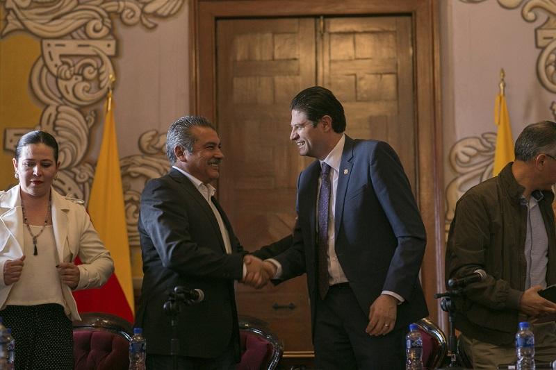 Morón Orozco dijo apreciar el respeto que ha habido por parte de Martínez Alcázar frente al relevo institucional que habrá en el gobierno municipal