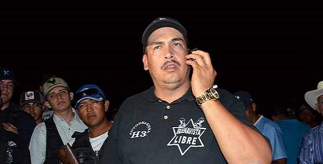El cuerpo de Luis Antonio Torres, presentaba cuatro impactos y quedó en el interior del vehículo en el que se transportaba, del cual no se mencionaron más datos