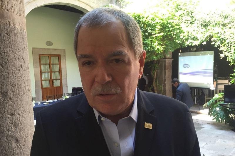 El Delegado Estatal de la Canapat, Arcadio Méndez Hurtado, explicó que una ciudad como Morelia no puede quedarse rezagada en materia de transporte público