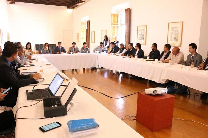Este encuentro institucional estuvo encabezado por los subsecretarios de Gobernación y de Enlace Legislativo y Asuntos Registrales, Armando Hurtado Arévalo y Daniel Moncada Sánchez, respectivamente