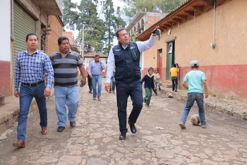 Este programa del Gobierno del Estado es llevado a cabo por la Sedesoh, a cargo de Juan Carlos Barragán, y la SSP, con Juan Bernardo Corona al frente, en coordinación con la Asociación Civil Corazón Urbano