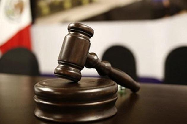 En audiencia, un Juez de Control consideró suficientes las pruebas aportadas por la fiscalía para resolver vinculación a proceso y fijar prisión preventiva oficiosa