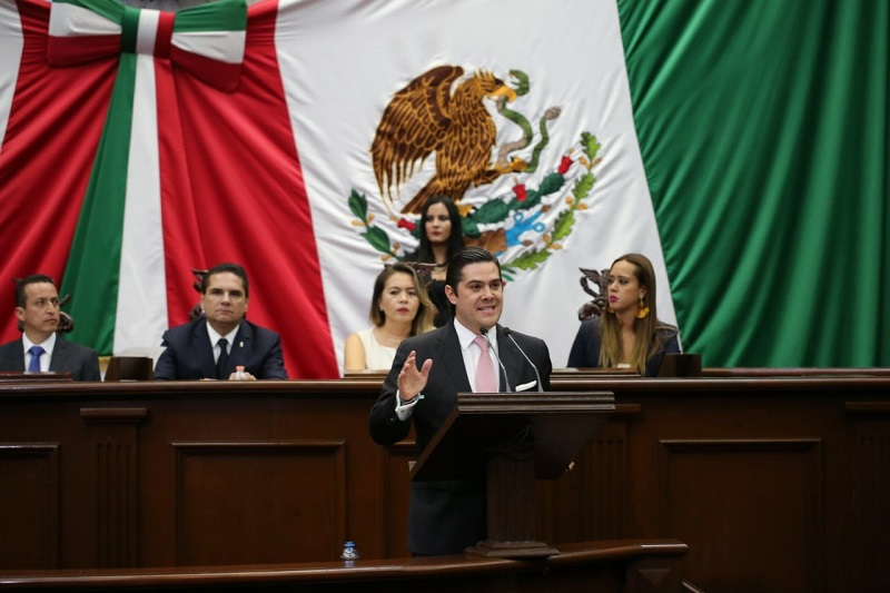 Orihuela Estefan reconoció que la sociedad está en profundo proceso de cambio después de un largo proceso de malestar por lo mismo la agenda la impone el propio ciudadano, así que la agenda legislativa del PRI es netamente social