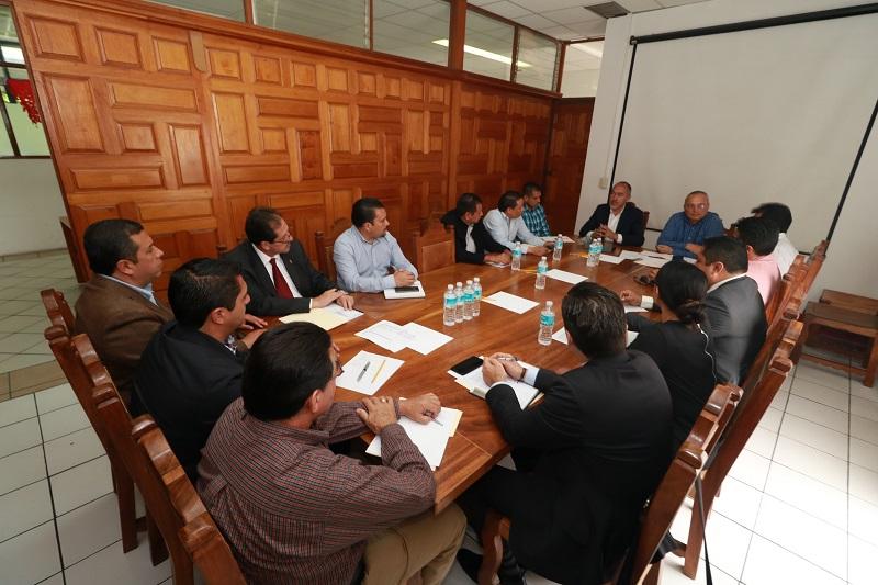 La sesión fue encabezada por el titular de la Secretaría de Comunicaciones y Obras Públicas (SCOP) del estado, José Juan Domínguez López, que funge como Presidente del órgano colegiado