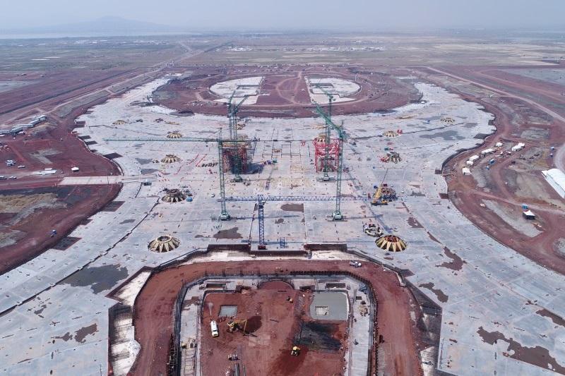 El presidente del CCE indicó que cancelar la obra del aeropuerto implicaría pérdidas de 120,000 millones de pesos (mdp), de los cuales una tercera parte correspondería a penalizaciones por incumplimiento de contratos