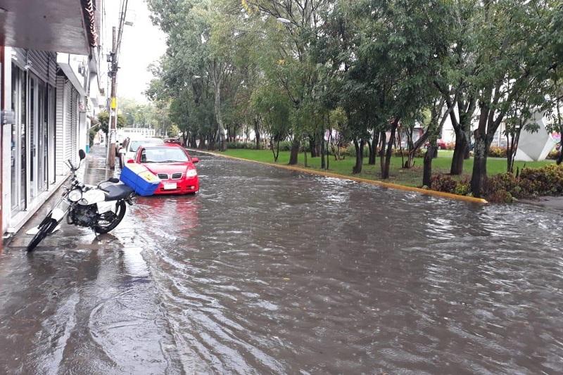 El Comité Interinstitucional de Prevención de Inundaciones del Ayuntamiento de Morelia se mantiene alerta ante las precipitaciones pluviales de este miércoles