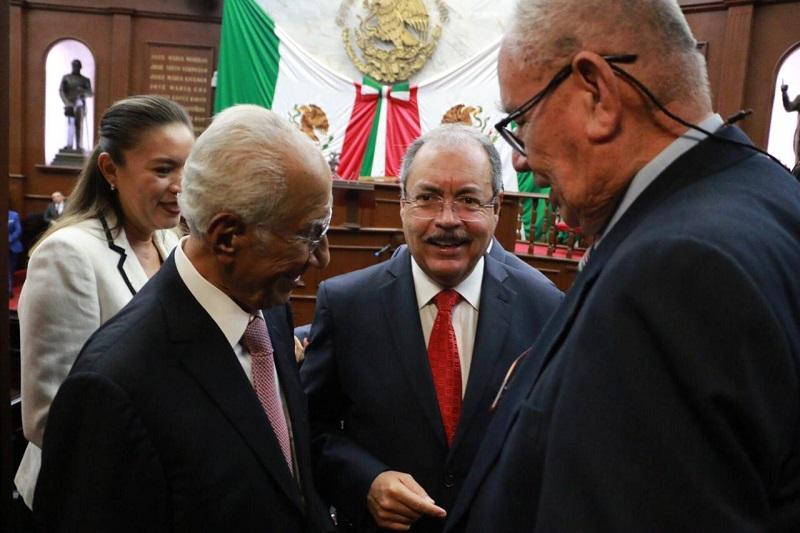 Víctor Silva acudió al Tercer Informe de Gobierno del gobernador Silvano Aureoles