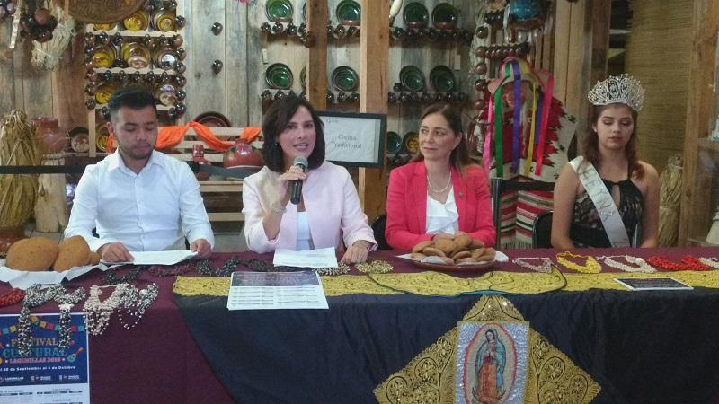 Ante los medios de comunicación, la alcaldesa invitó a que visiten Lagunillas, que se ubica a 30 kilómetros de la ciudad y conozcan las diversas muestras artísticas que se presentarán