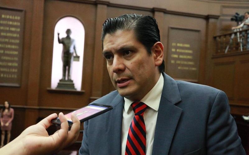 Con ello estaríamos dando un gran paso para el cuidado del medio ambiente, ya que también se prevé que las violaciones a esta Ley sean sancionadas por autoridades correspondientes: Núñez Aguilar