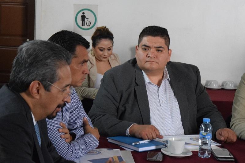 No somos enemigos de la UMSNH, la educación y la salud, son los principales temas que requieren un rescate en la entidad: Hernández Vázquez