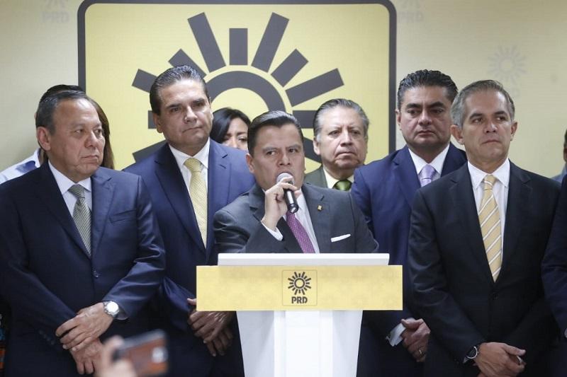 Hacer del PRD un partido más funcional, que sea eco de las principales causas y demandas sociales, pide Aureoles Conejo
