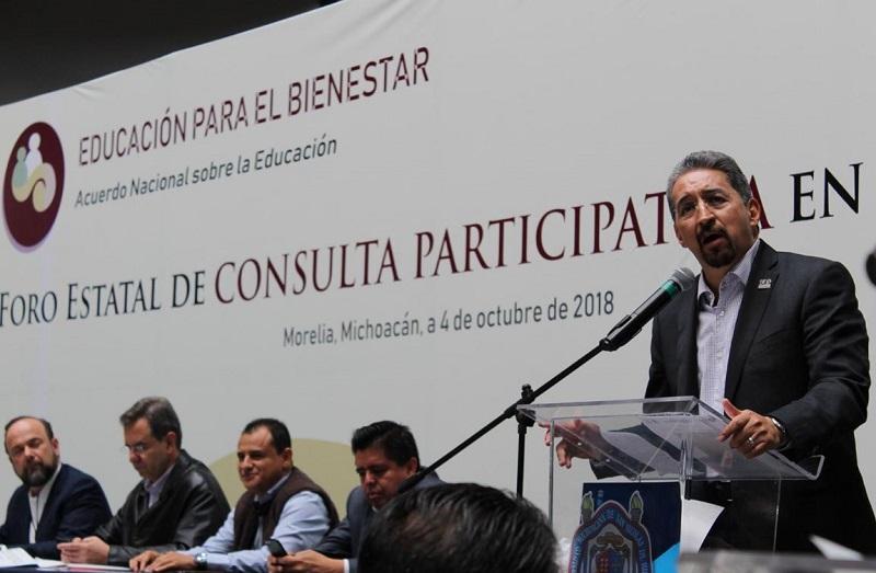 Se busca mejorar en la comunidad nicolaita las habilidades digitales para la educación: Serna González