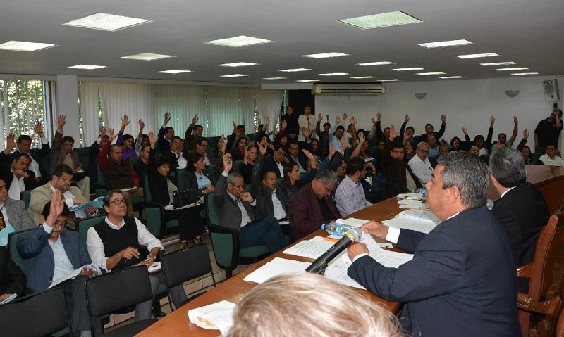 Al respecto, el rector Medardo Serna González mencionó que con la aprobación de este dictamen, la Escuela de Enfermería culmina años de trabajo para alcanzar el rango de Facultad