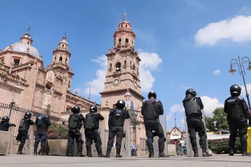 La acción de la autoridad policial se mantiene con vigilancia en el primer cuadro de la capital michoacana, con el fin de preservar el orden